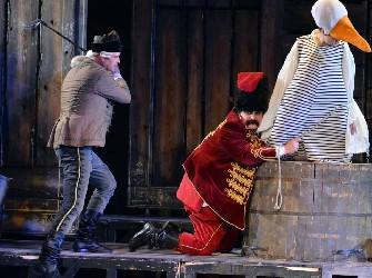 Mese Matyiról, Galibáról meg a díszletekről – Lúdas Matyi (Miskolci Nemzeti Színház)