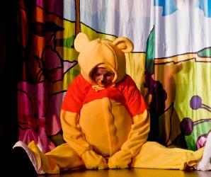 Szelfizz Malackával – Micimackó (Mesekocsi Színház)